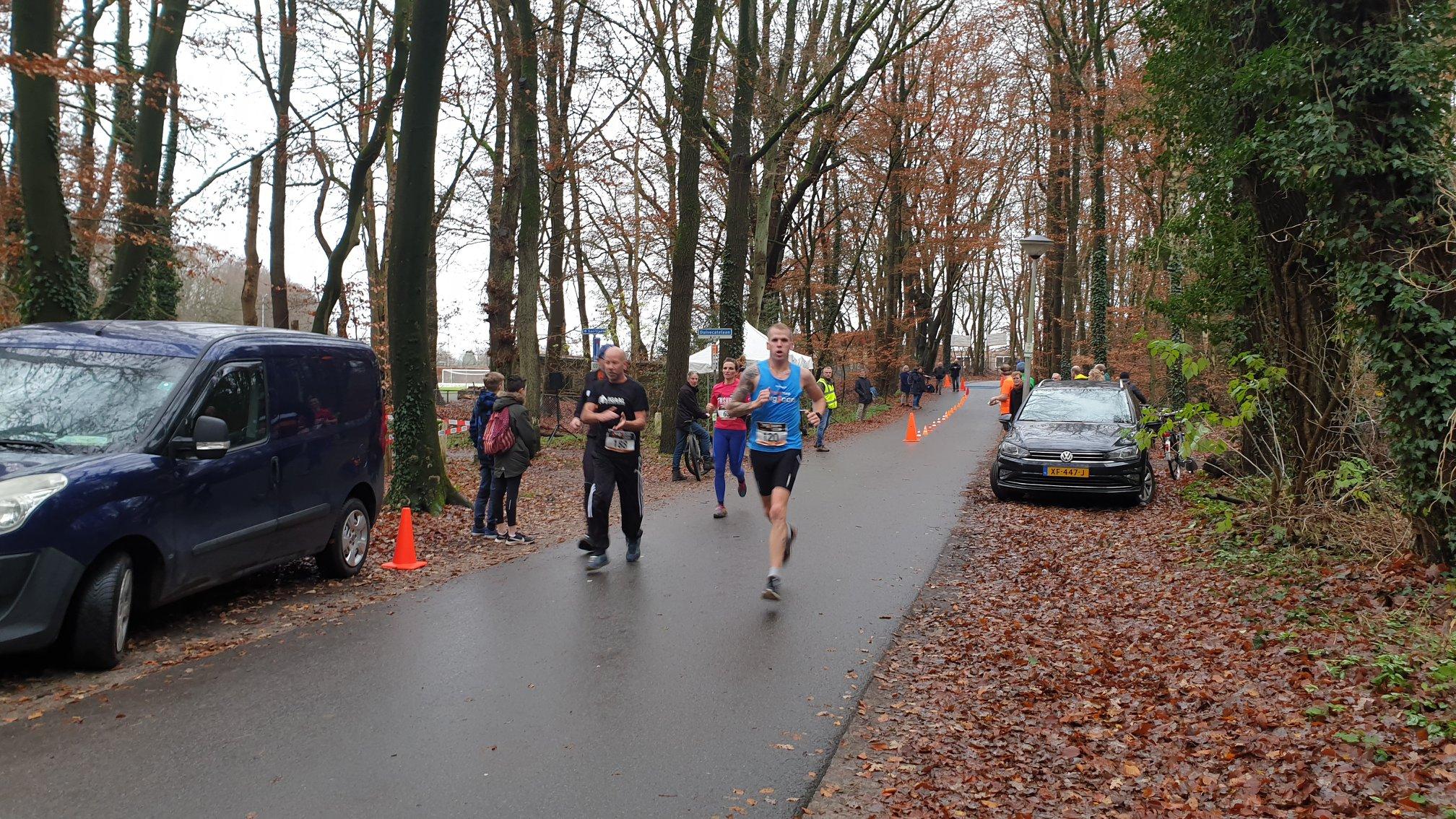 Nick Zwienenberg wint 10km Wilgenweard Nijverdalse bergcross